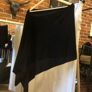 Letarte Black cashmere shawl!
